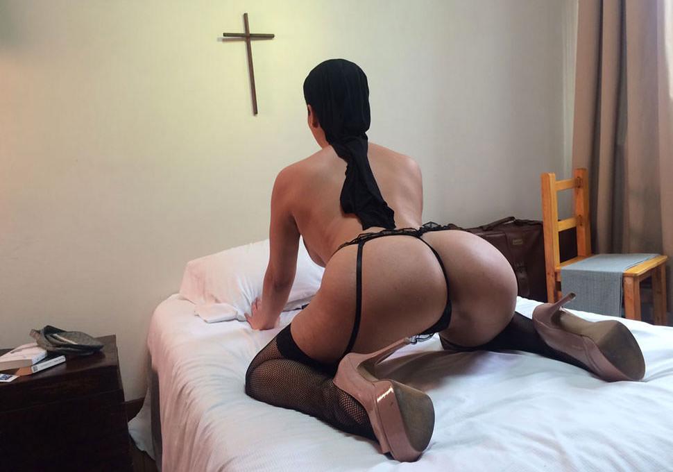 alejandra omaña anal