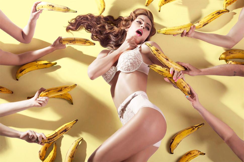esperanza con bananas