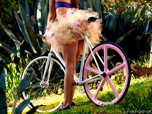 erotismo-bicicleta-02