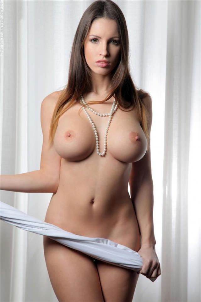 фото голые груди красивые