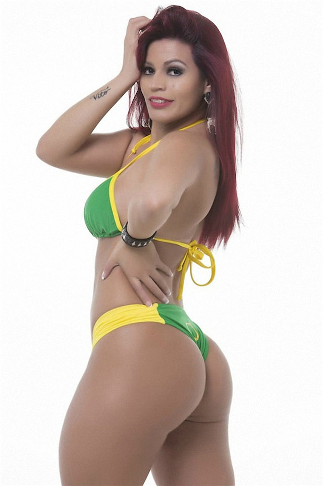 Miss-Bumbum-2015-14-small.jpg