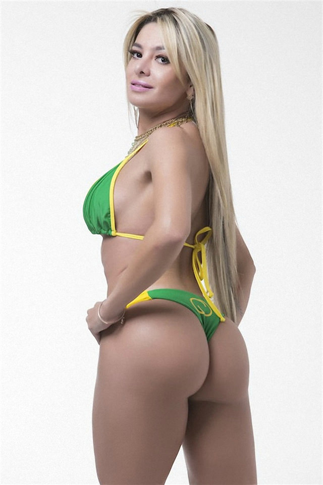Miss-Bumbum-2015-2-small.jpg