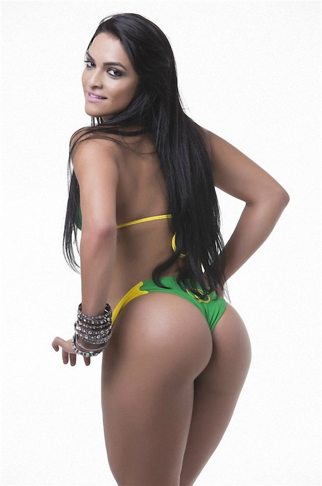 Miss-Bumbum-2015-26-small.jpg
