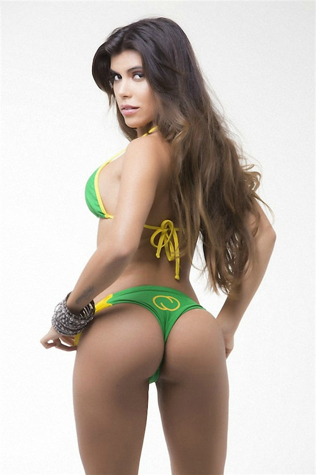 Miss-Bumbum-2015-8-small.jpg