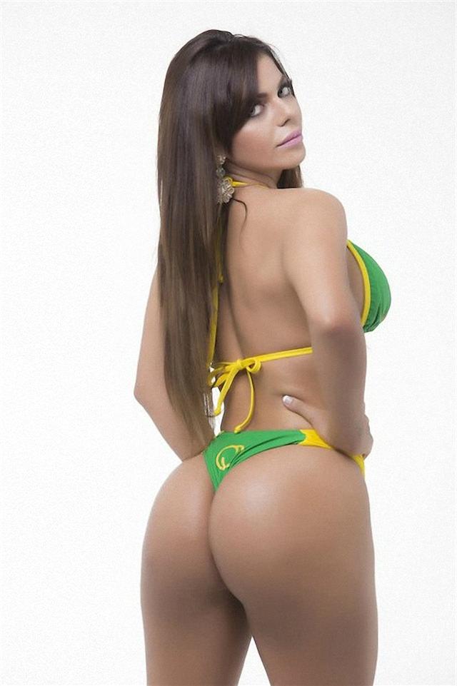 Miss-Bumbum-2015-9-small.jpg