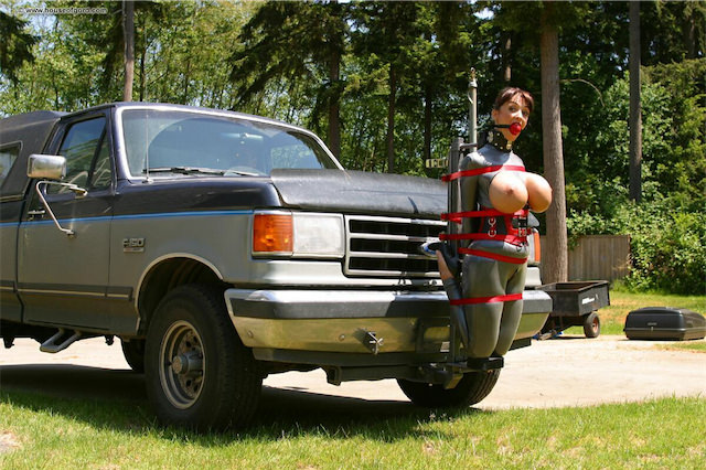 Sexy women tied up in a truck apologise