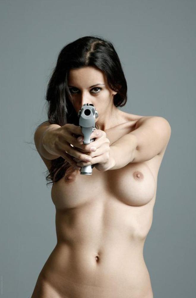 sexy-guns06