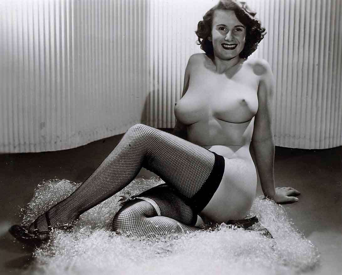 1950039s blonde pinup angel lounging - 2 1