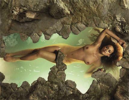 2 chicas espanolas en una playa nudista en vivo Part 5 7